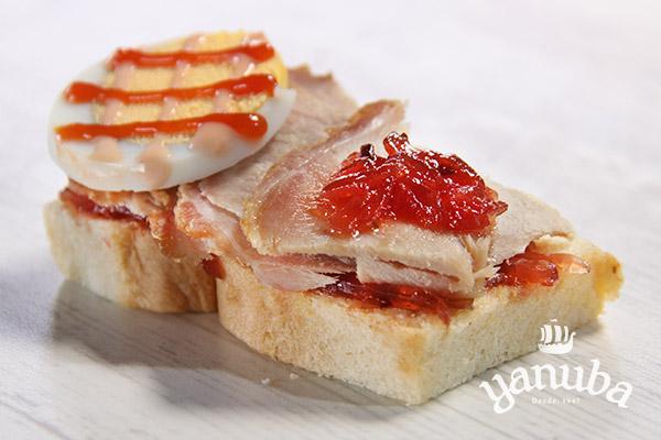 Sandwichito de pernil de cerdo
